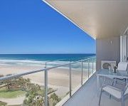 cleaned-apartment-balcony-surfers-paradise