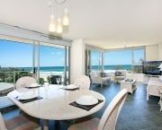 clean-resort-living-room-gold-coast